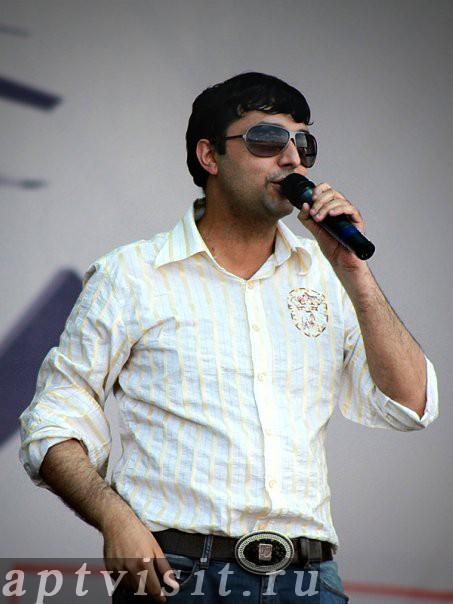 Аслан Гусейнов